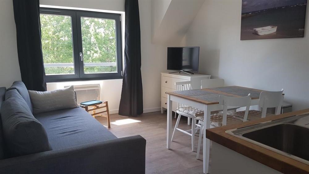 Location vacances Fouesnant -  Appartement - 4 personnes - Salon de jardin - Photo N° 1