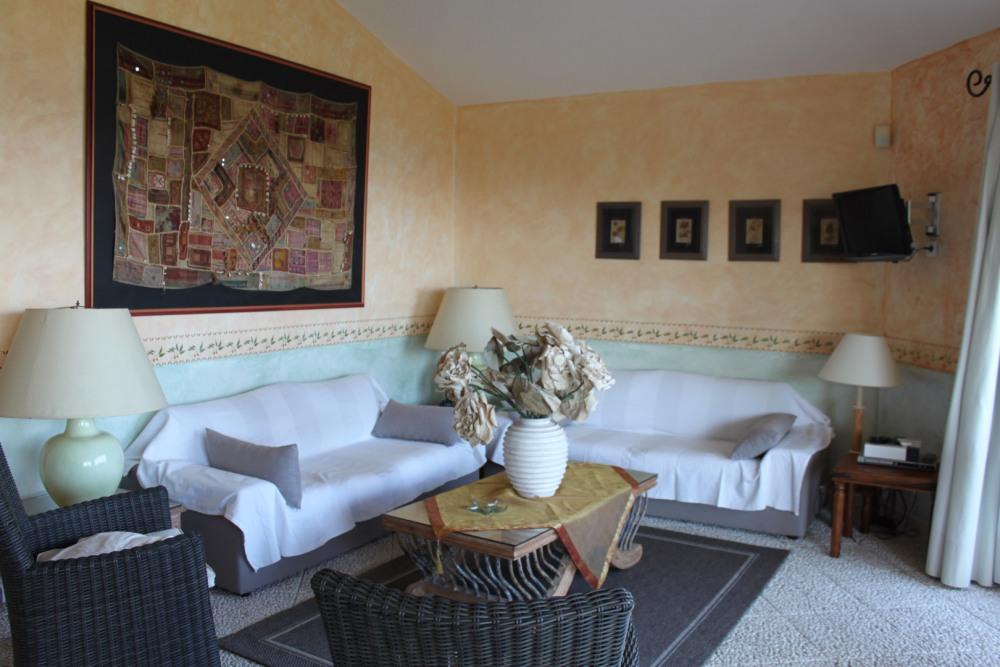 Le salon de la villa 1