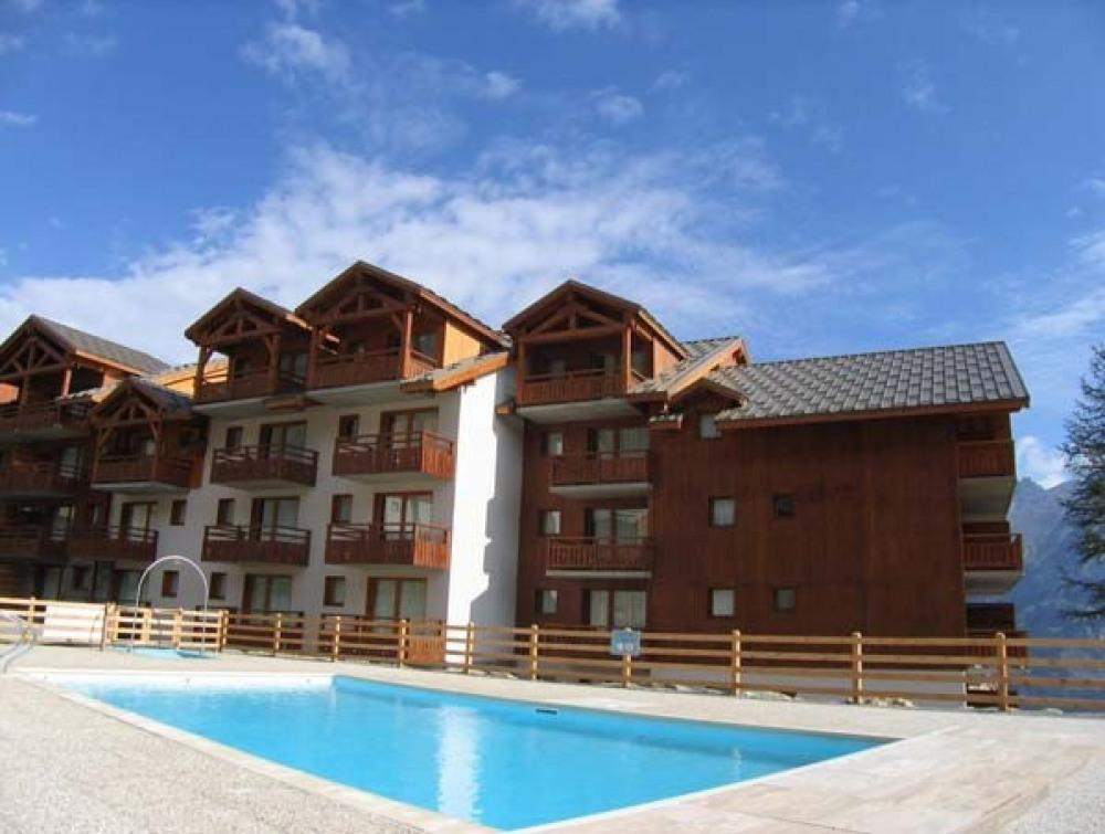 Appartements*** 4 à 10 personnes pour les activités d'été dans le Parc des Ecrins  à 1800m d'altitude - Hautes Alpes .