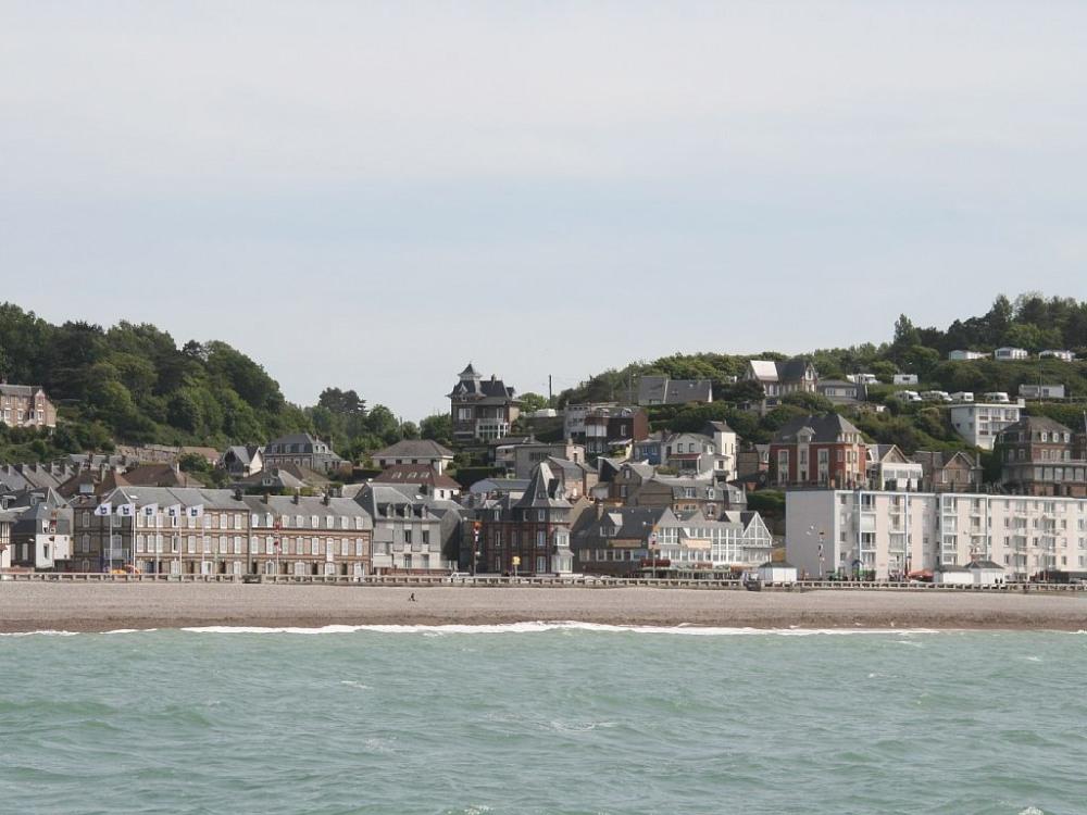 Vue plage de Fécamp