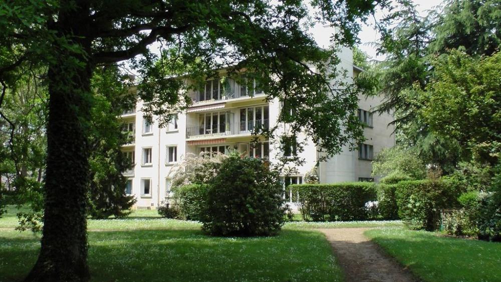 Superbe appartement au coeur du parc, à 20 min du centre de Paris