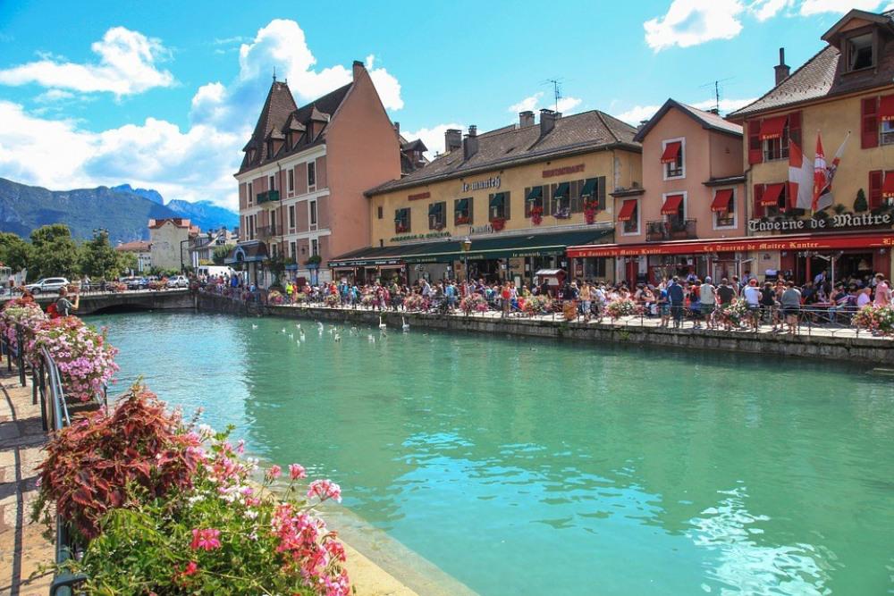 Magnifique T2 au bord du lac d'Annecy