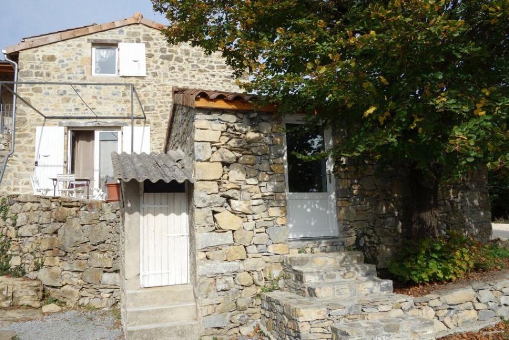 Charmante maison en pierre du XVIIIème siècle entièrement rénovée