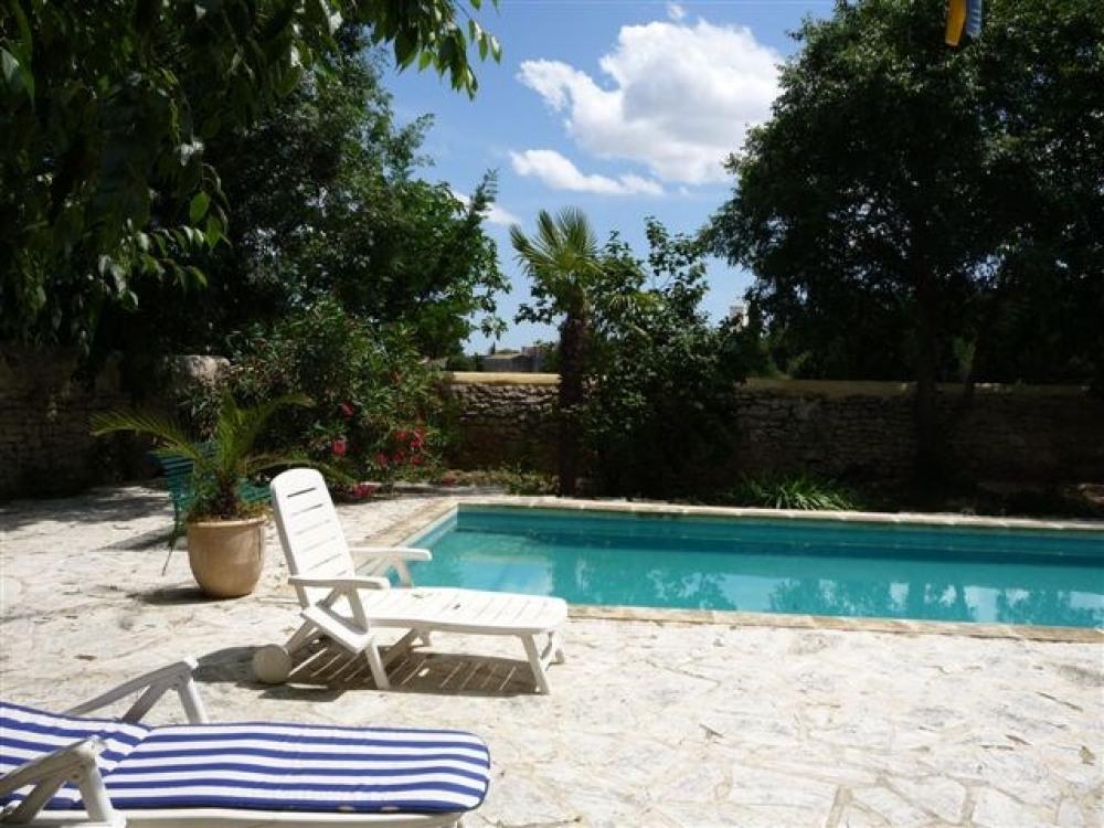 Gîte de charme, 70 m2 + jardin dans un ancien domaine viticole, à 25 km des plages, entre Montpellier et Nîmes