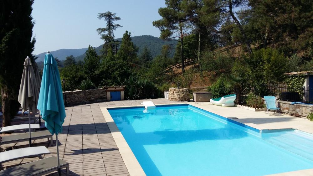 Gîtes 5 personnes en Cévennes avec piscine - Gagnières