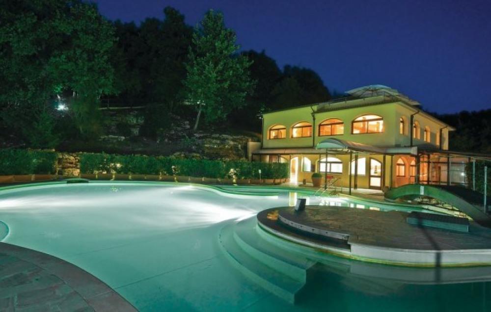 Villa Stella / Anticheterme
