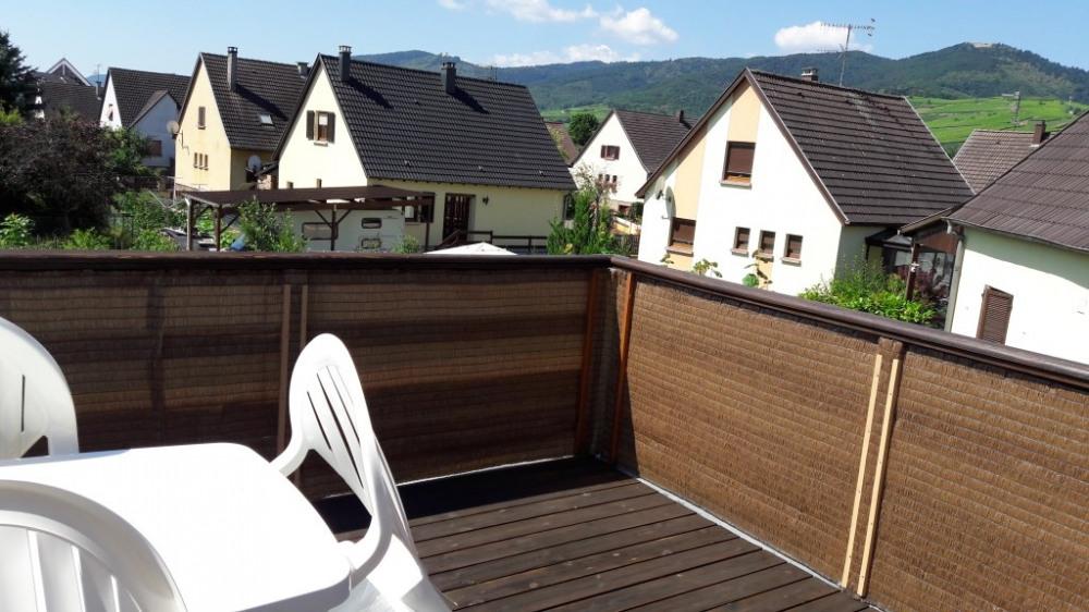 balcon- vue sur châteaux