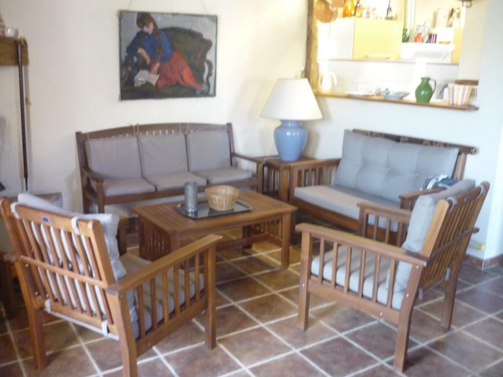 Salon/séjour ouvert sur la cuisine