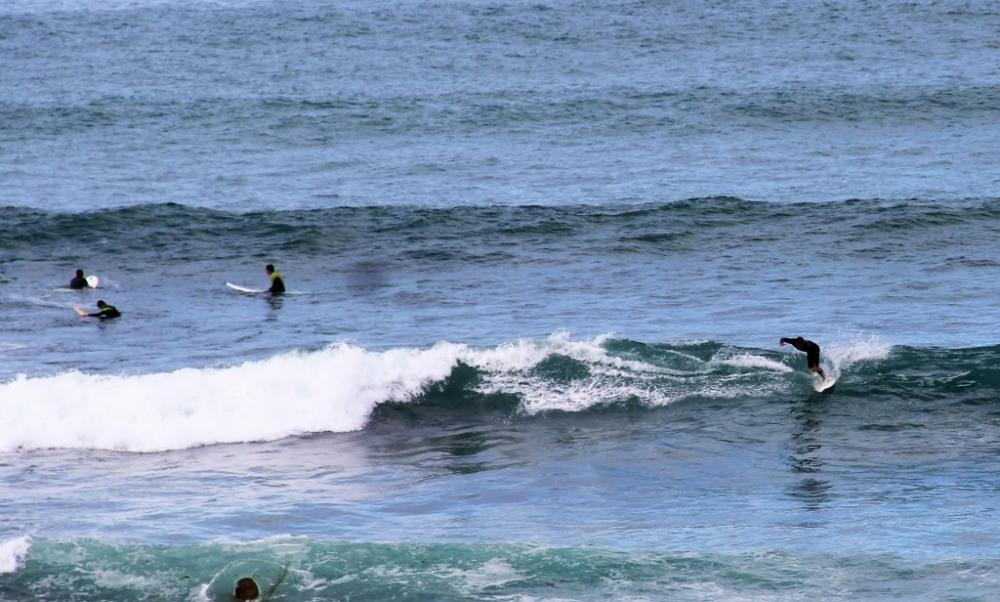 spot de surf face à la villa où vous pourrez observer les évolutions des surf...