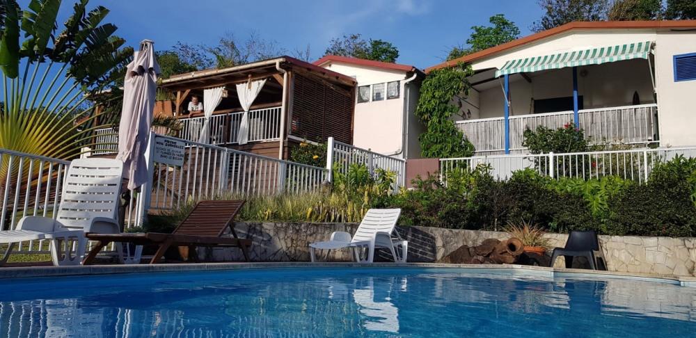 Chalets Sous-le-Vent avec piscine à Bouillante en Guadeloupe - Bouillante
