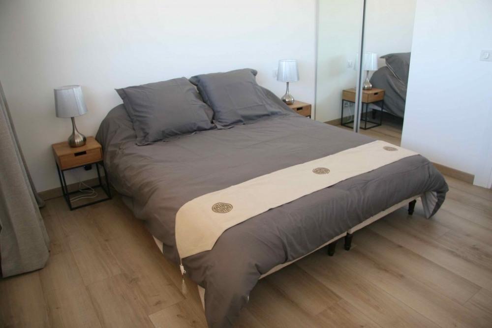 Chambre avec lit 160cm