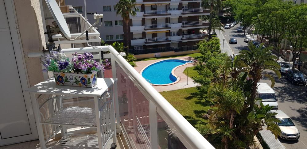 Un appartement magnifique pour les vacances en famille avec la piscine ,7 minutes à pied de la plage