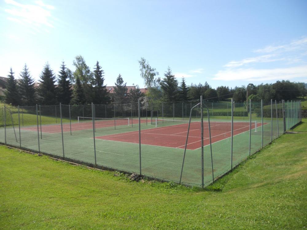 tennis privée à la résidence
