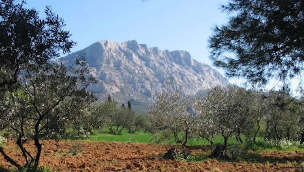 La montagne Sainte-Victoire (13100)