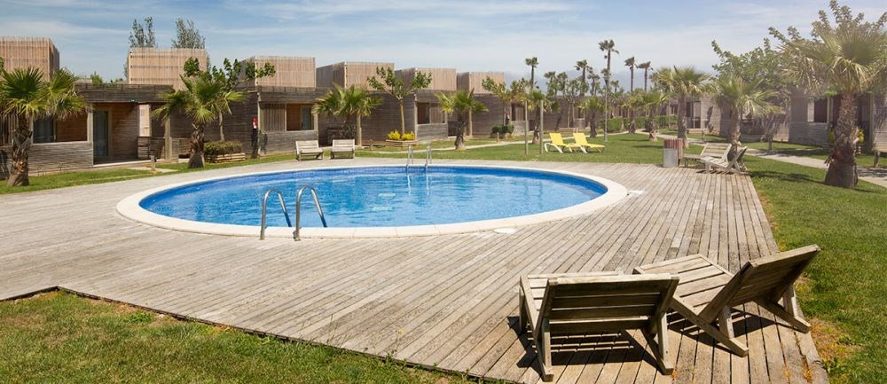 Bungalow Fluvià pour louer de samedi au samedi. Offrez-vous des vacances dans une zone exclusive ...