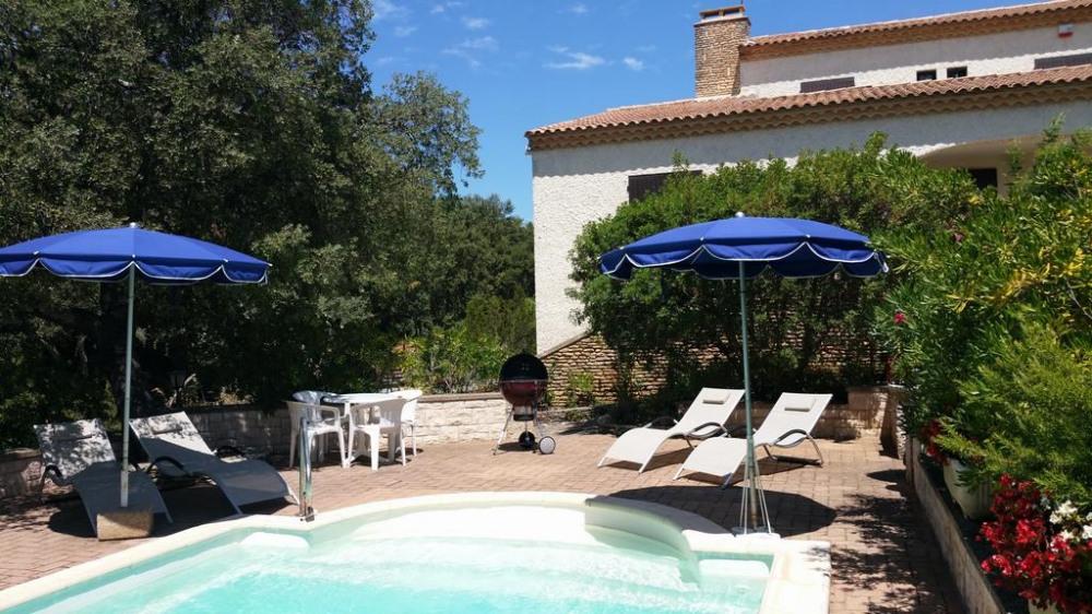 Location vacances Castillon-du-Gard -  Maison - 6 personnes - Barbecue - Photo N° 1