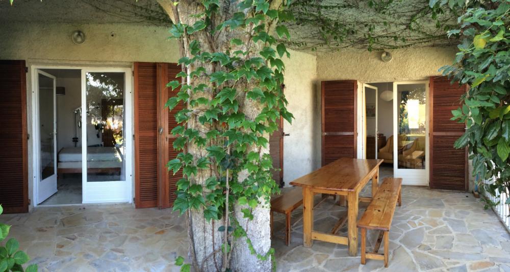 La grande terrasse du laurier
