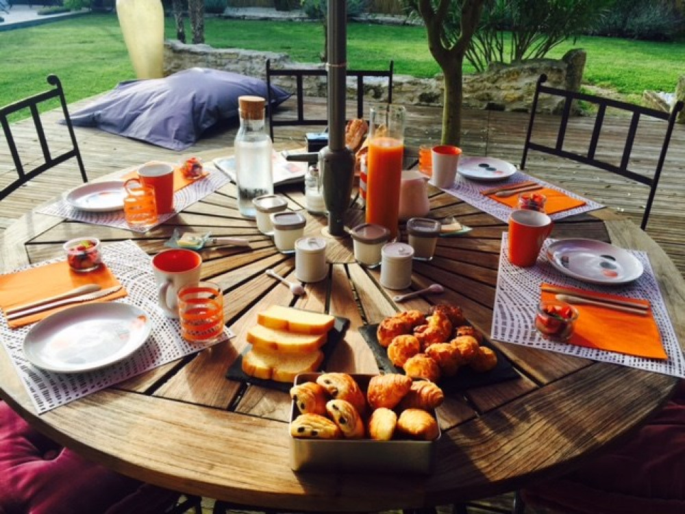 La jolie terrasse pour le petit déjeuner - Royan - Charente maritime