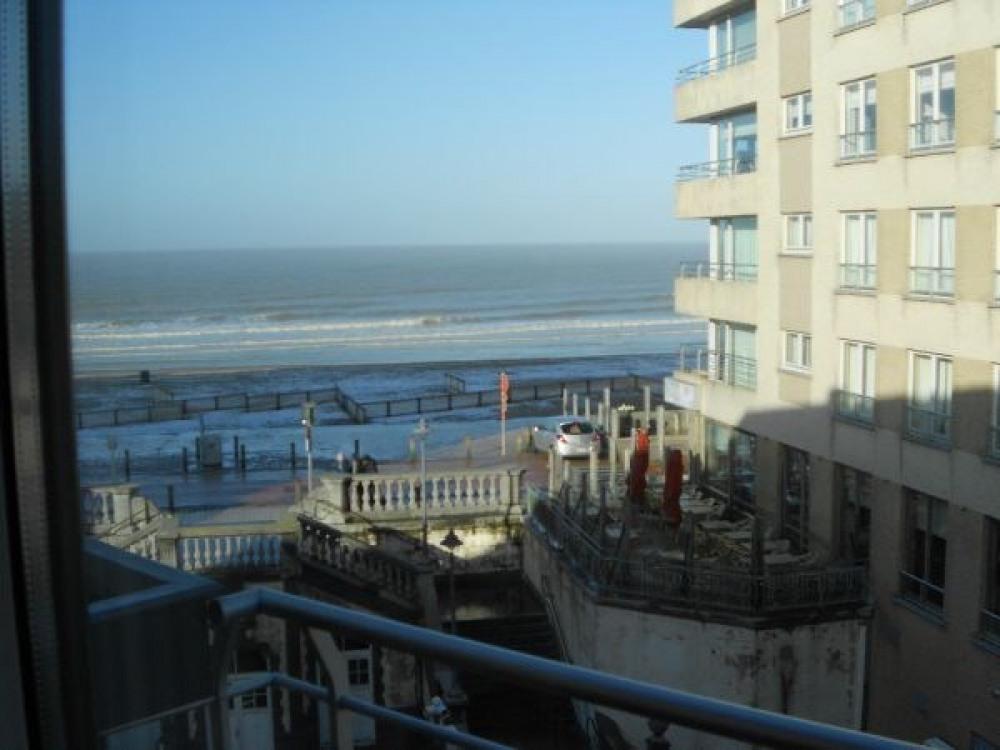 Mooie duplex met zeer mooi zijdelings zee en dijkzicht