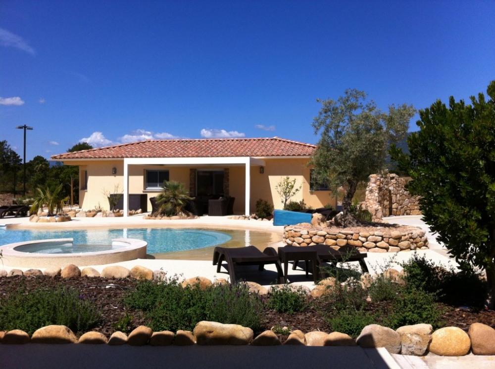 Villa côté Ouest, Vue piscine
