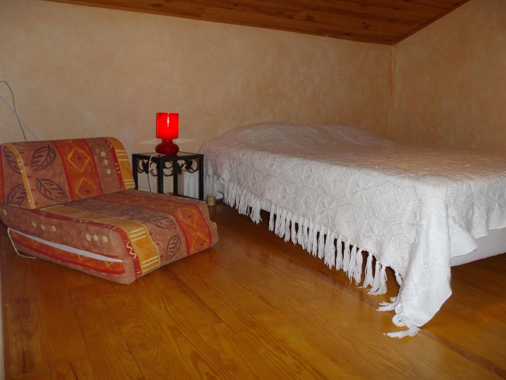 mezzanine , lit 2 personnes