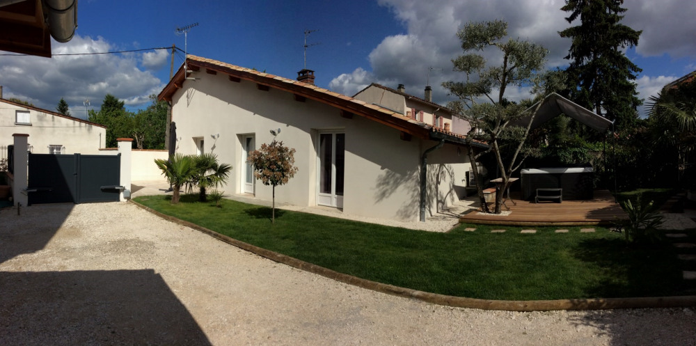 Location vacances Castelsarrasin -  Gite - 4 personnes - Barbecue - Photo N° 1