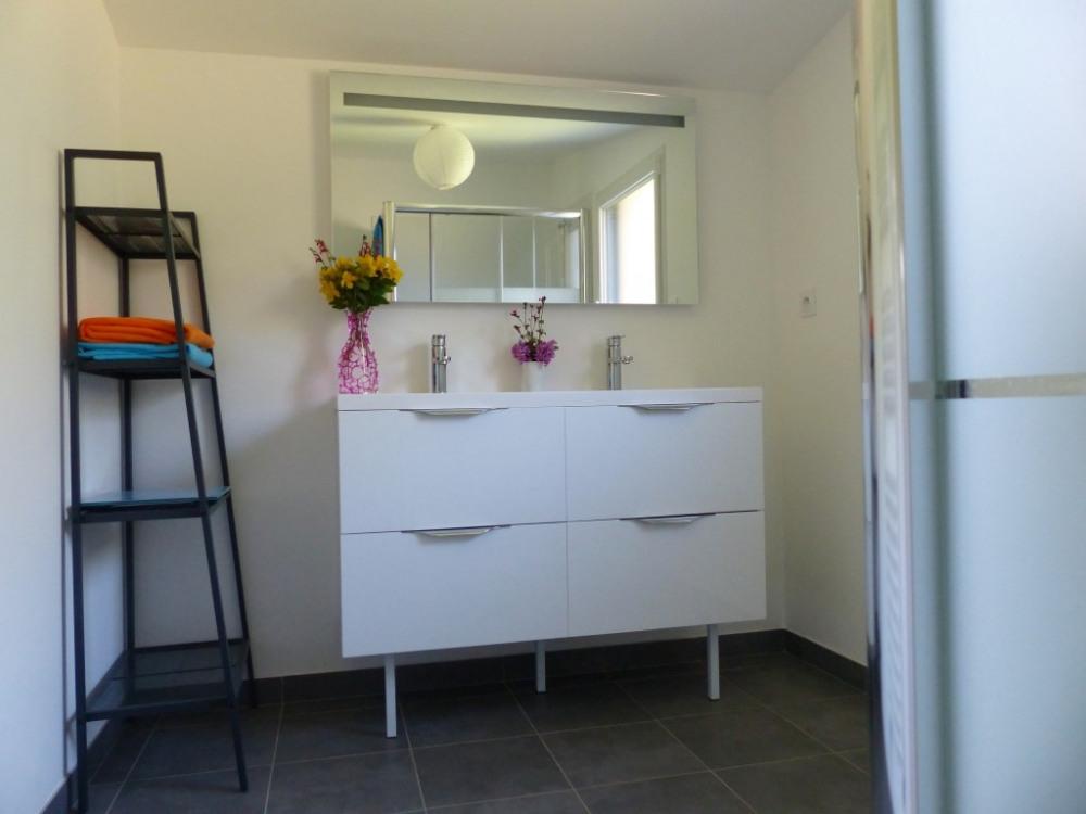 salle de bain étage avec douche