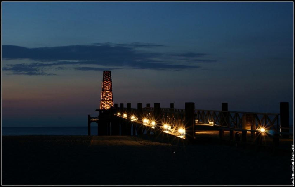 le ponton illuminé