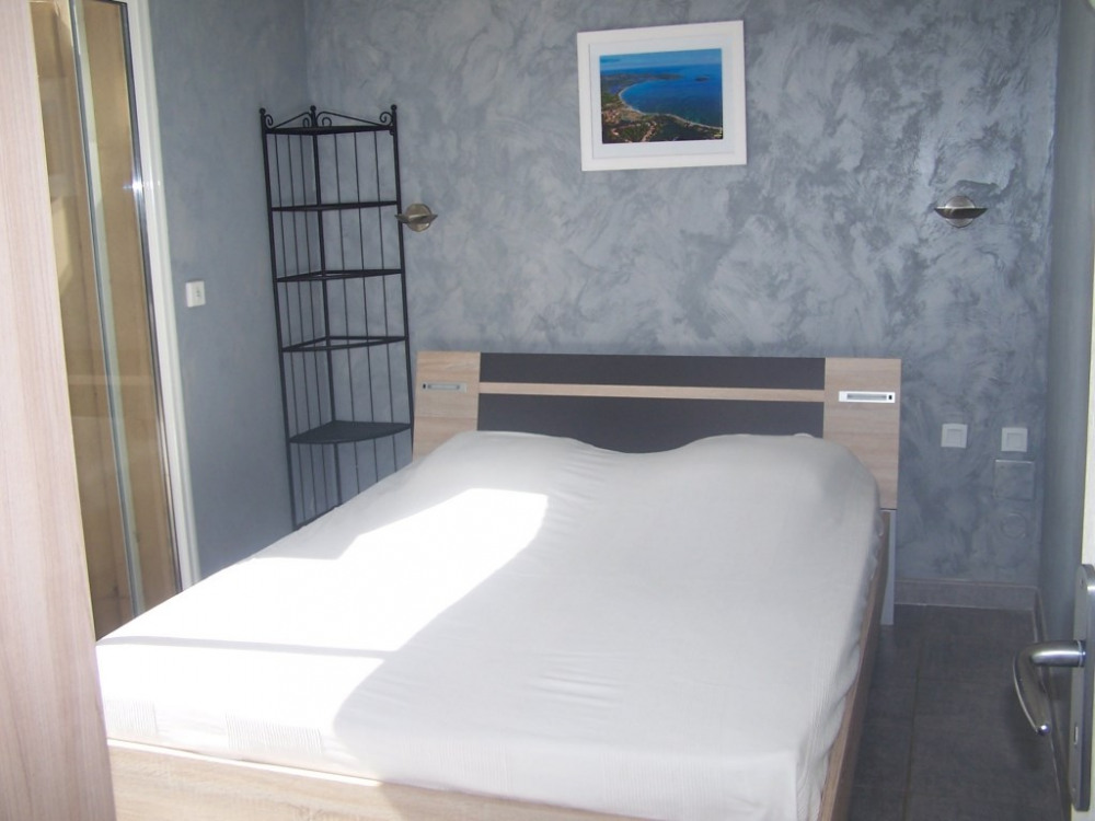 T3 lit 160x200 l'une des chambres