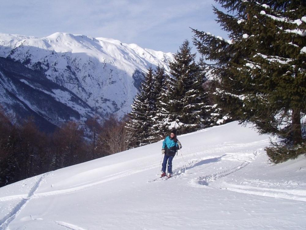 ski de rando derrière la maison