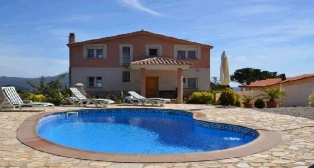Villa in Lloret de Mar - 104022