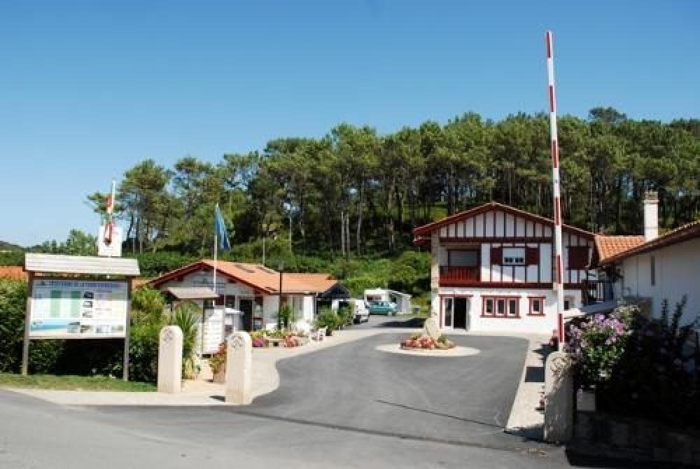 Flower Camping La Ferme Erromardie, 115 emplacements, 47 locatifs