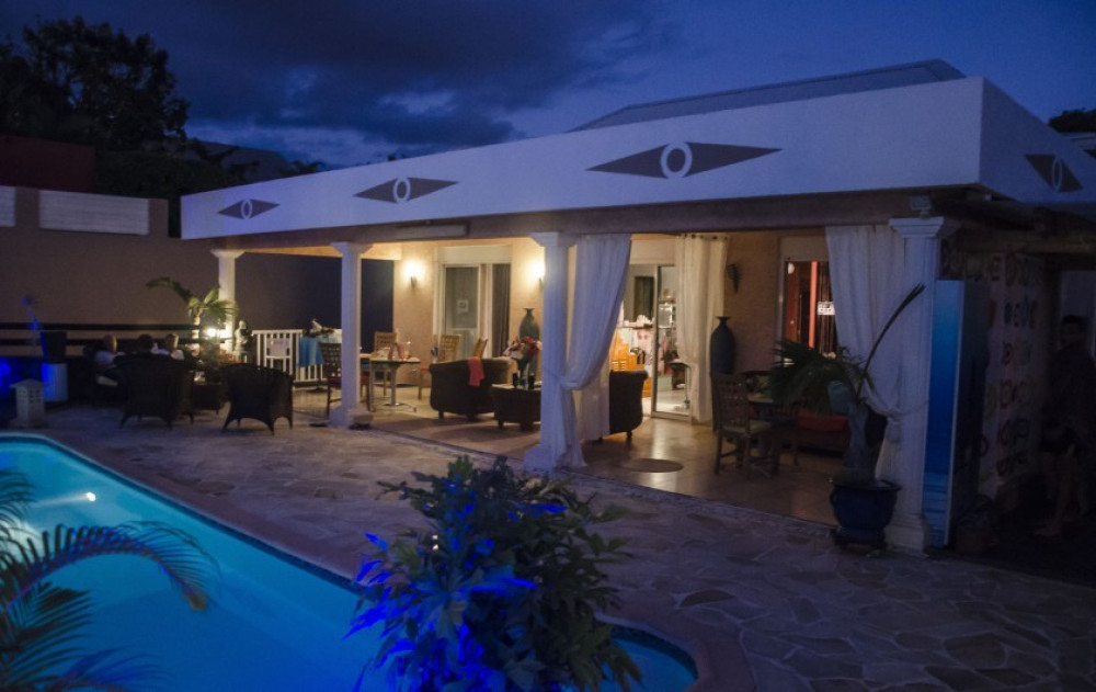 Les Colonnades, superbe villa avec espaces Bien- être à La Ravine des Cabris