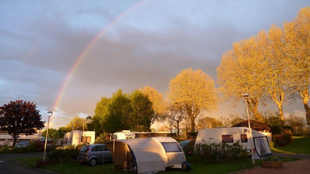 Camping La Chevrette, 85 emplacements, 4 locatifs