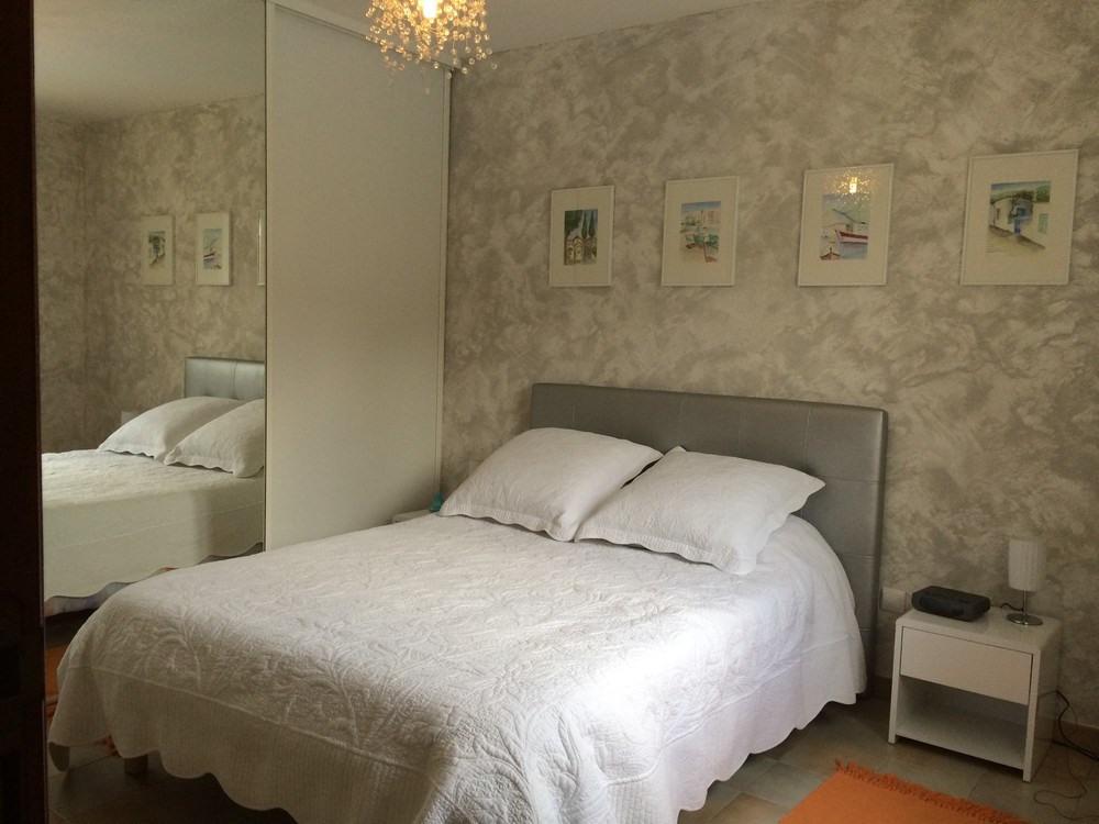 Chambre lit 140 et armoire 3 portes