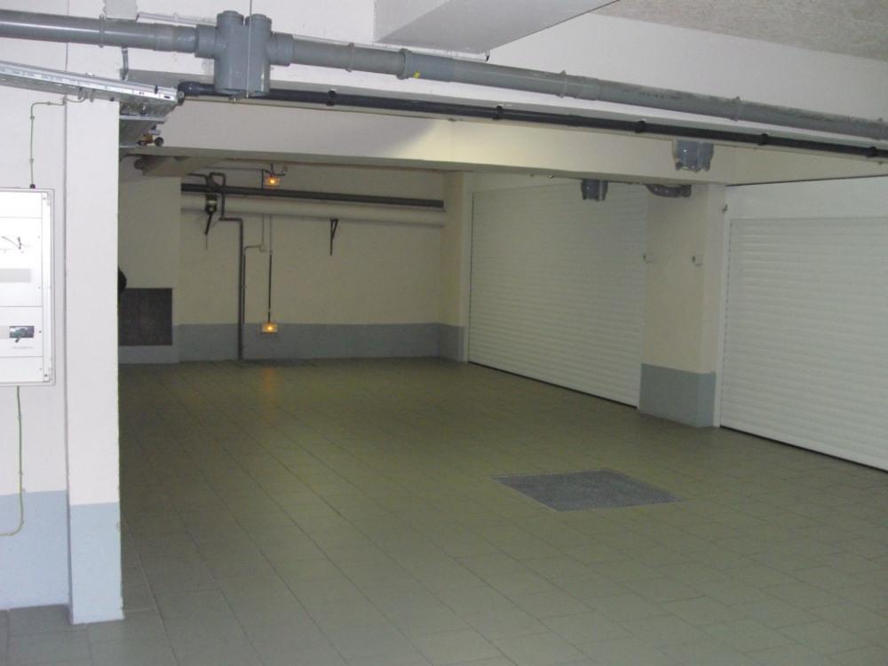 Sous sol accès ascenseur voiture