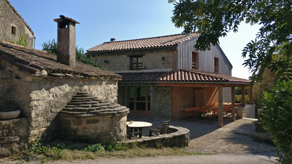 Location vacances Lunas -  Gite - 52 personnes - Barbecue - Photo N° 1