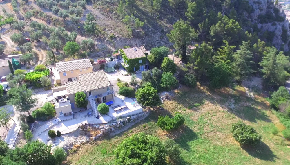 Location vacances Buis-les-Baronnies -  Gite - 25 personnes - Barbecue - Photo N° 1