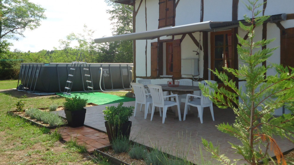Location vacances Beylongue -  Maison - 6 personnes - Barbecue - Photo N° 1