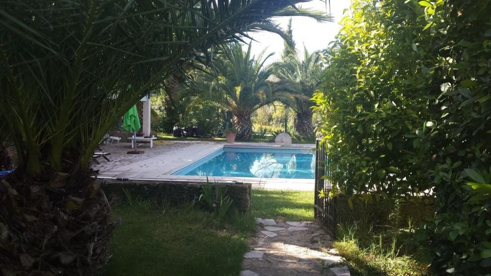 Bastide Provençale sans vis à vis, sa piscine 12/6m et son Parc arboré
