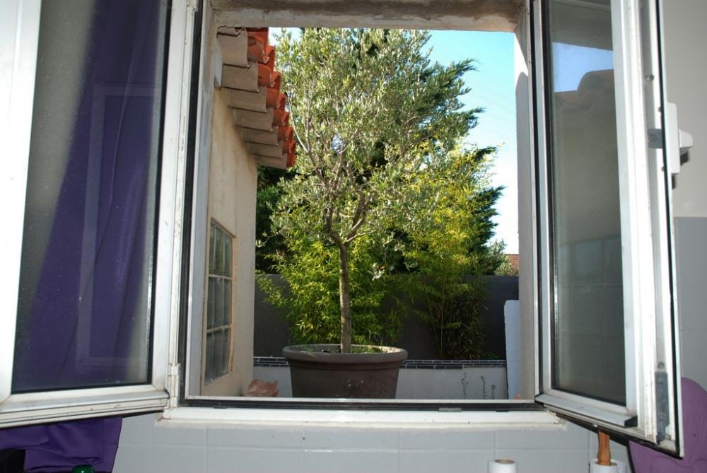 Fenêtre coin cuisine
