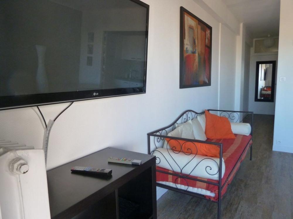 Le confort d'une TV grand écran