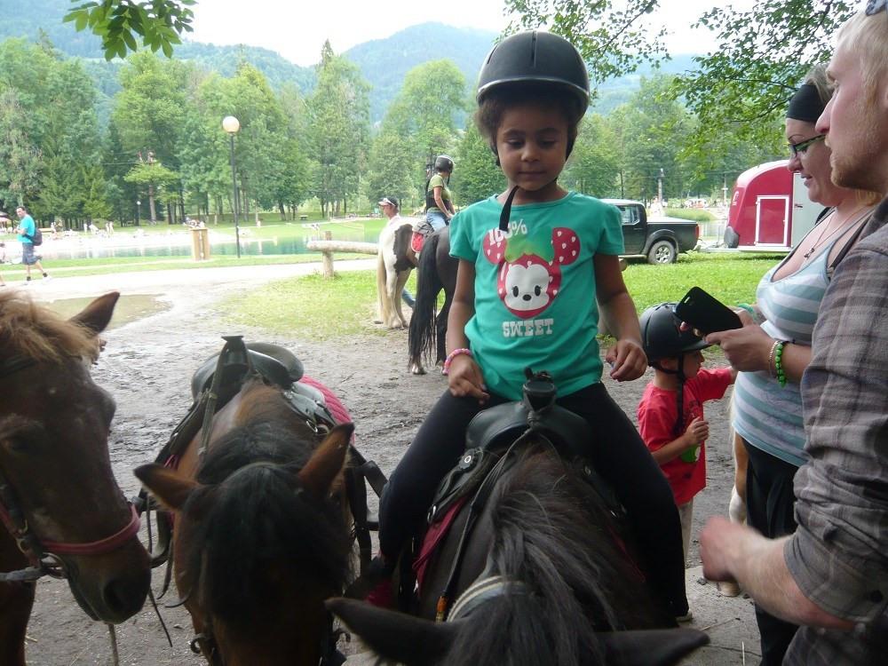 Zone activités - promenade en poney