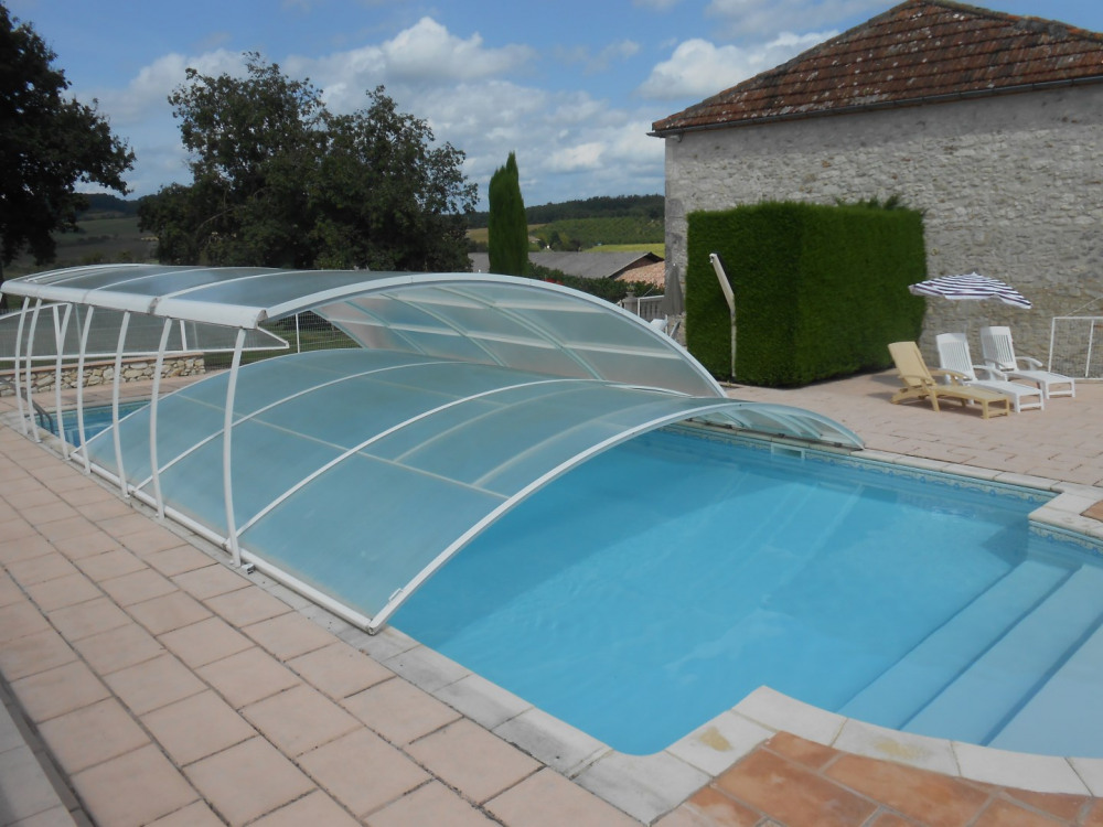 piscine 6x12 m, plus escalier et avec 3 niveaux.