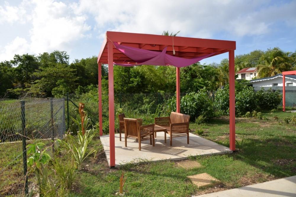 Pergola dans Jardin