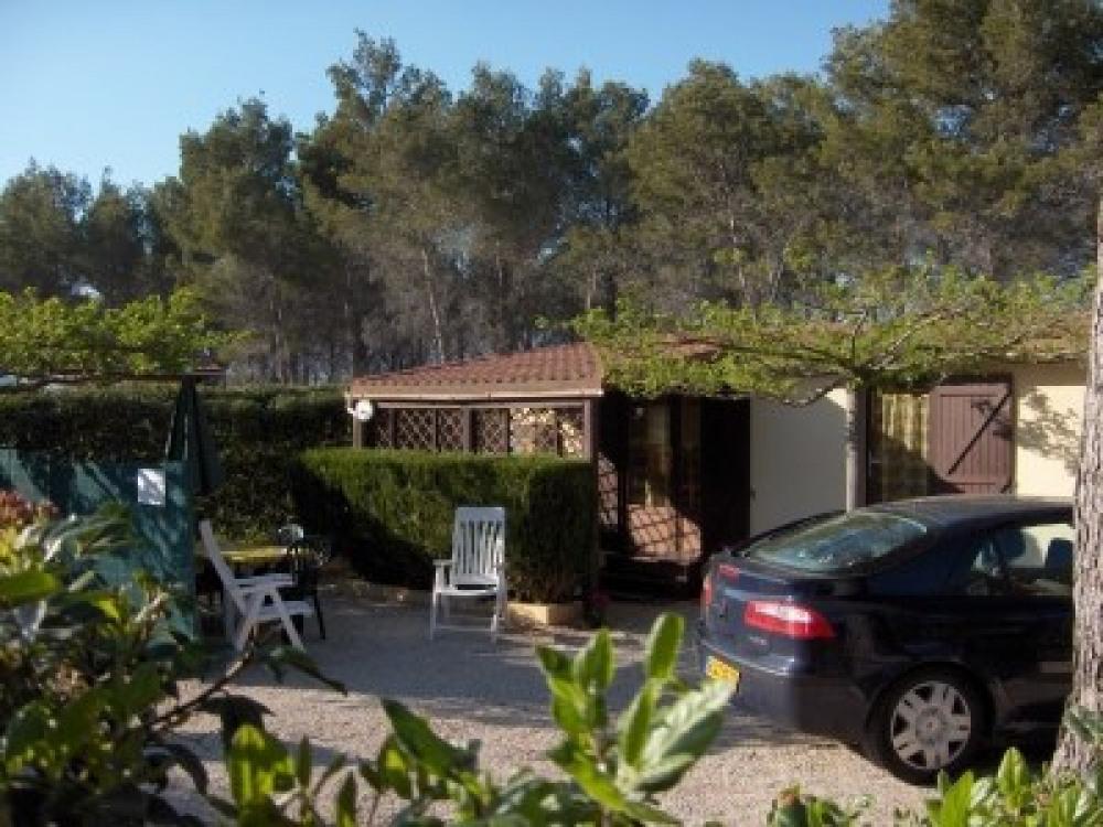 loue bungalow à 10km de la mer - Le Castellet