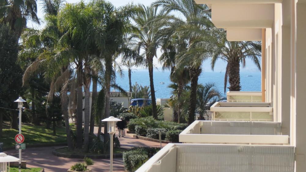 Location vacances Saint-Raphaël -  Appartement - 3 personnes - Câble / satellite - Photo N° 1