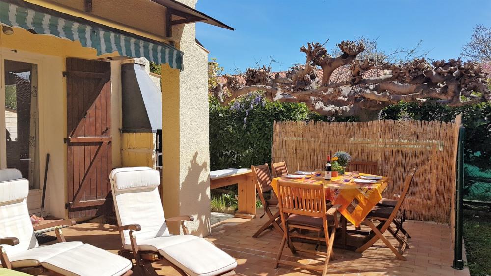 Spacieuse et lumineuse villa plain pied de standing, 6 personnes, ARGELES SUR MER 66700 au CALME entre plage et village