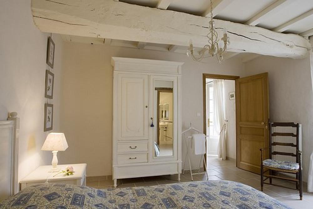 chambre au Rdc 1 lit double
