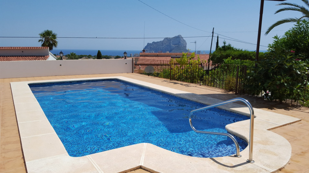 piscine privative 4x8 m